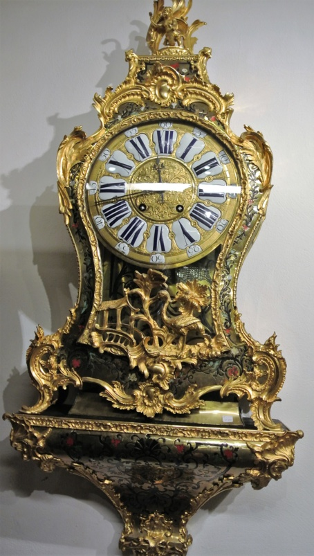 Large console boulle clock