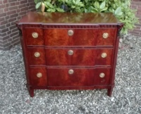 Hollandse mahonie Louis Saise, breakfront commode.