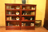 Mooie paar  globe wernicke stocking bookcase in mahonie