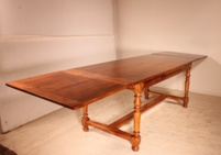 French 19 century extending table Louis XIII style in cherry wood