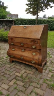 Eikenhouten Bureau&#x3B; ca. 1750