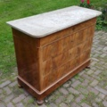 Commode met Marmer